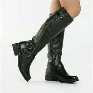 Steve Madden Synicle Boots size 8